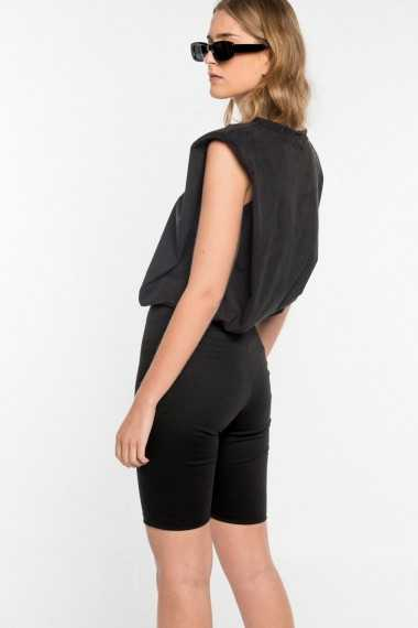 Padded T-shirt (Black)